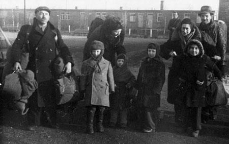 Ankunft polnischer Juden im Displaced-Persons-Lager Frankfurt-Zeilsheim, 1946