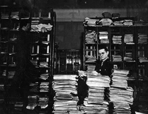 Die Dokumentationsstelle des Nürnberger Tribunals während des Hauptkriegsverbrecherprozesses, 1945/46