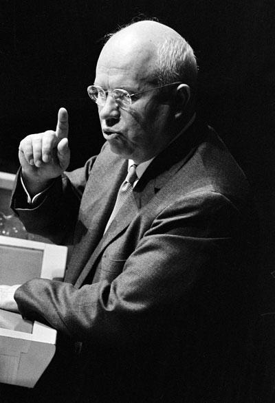 Nikita Chruščev (Chruschtschow) vor der UN-Vollversammlung am 11. Oktober 1960.