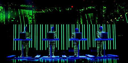 Kraftwerk live, MTV Europe Music Awards, Edinburgh 2003