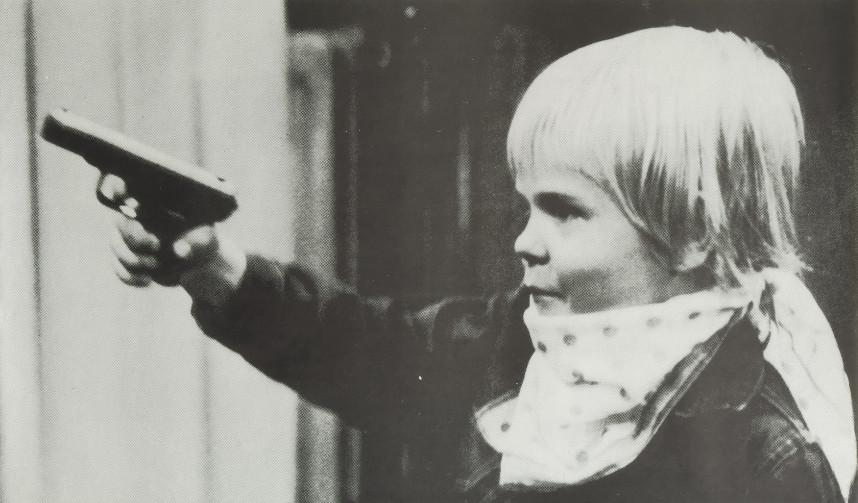 Ausschnitt eines Plakats des Grafikers Manfred Spies mit einem Foto des Deutschen Kinderschutzbundes, 1979