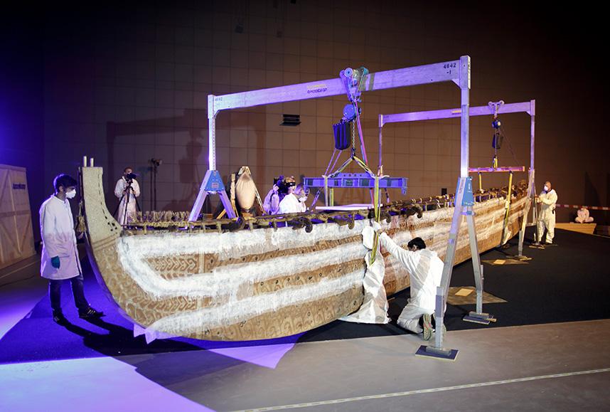 Hochseeboot von der Insel Luf (Papua-Neuguinea), das bis Ende 2017 im Ethnologischen Museum in Berlin-Dahlem zu sehen war und künftig im Humboldt Forum ausgestellt wird