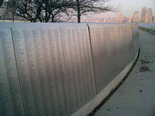populäre 'American Immigrant Wall of Honor'