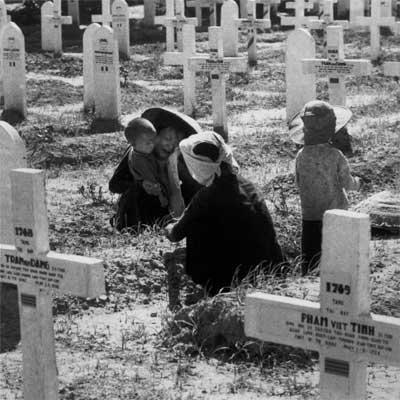 Militärfriedhof Nam Dinh, Mai 1954