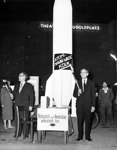 Vigil, Campaign against Atomic Death, with Heinz Kloppenburg (right), Cologne, 6 August 1958