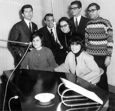 Mitarbeiter der Ausländerabteilung des Bayerischen Rundfunks im November 1965
